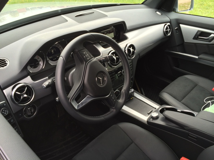 Dashboard Left Angle - Mercedes-Benz GLK 220 CDI