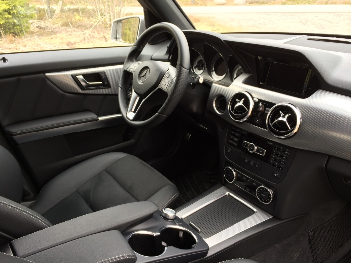 Front seat and dashboard - Mercedes-Benz GLK 220 CDI