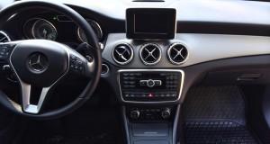 Mercedes GLA: Instrumentpanel