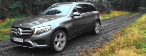 Mercedes GLC out of the Mud