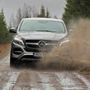 Mercedes-Benz GLE 400 Coupé - Water Splash - SUVTEST.se